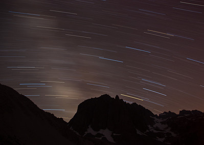 mountain-star-trails