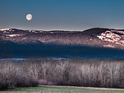 Moonset Mid March