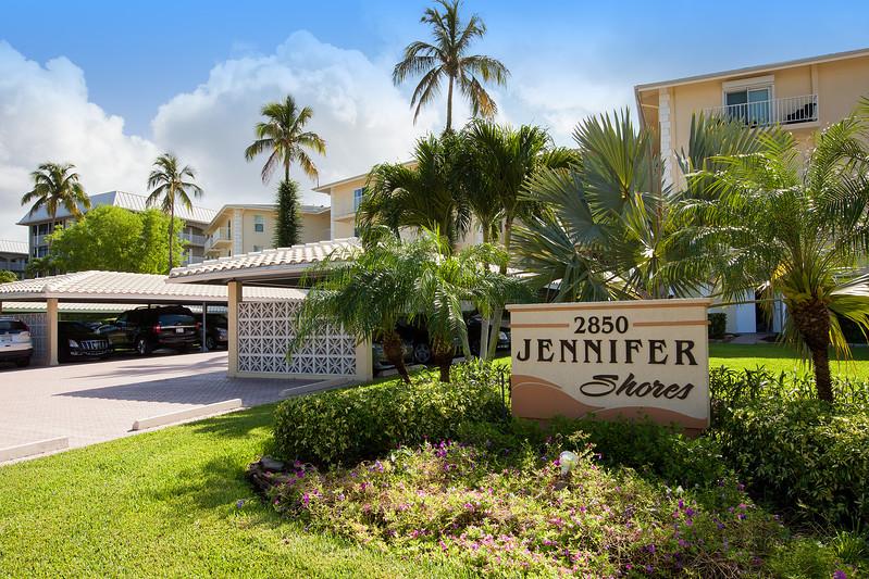 Jennifer Shores Sign