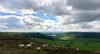North Yorkshire Moors a farmy v údolí