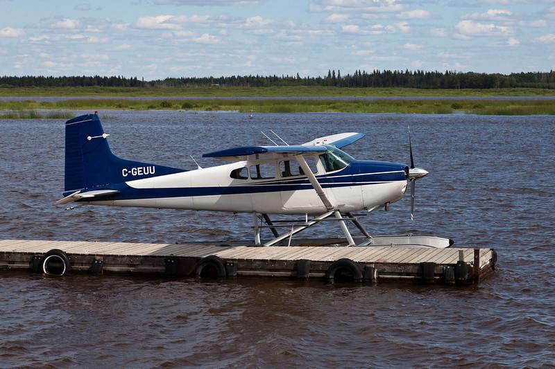 Cessna A185F Skywagon C-GEUU at Two Bay docks in Moosonee.