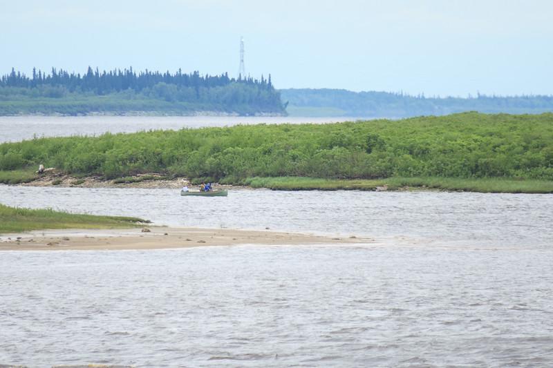 Canoe between sandbar and Bushy Island.