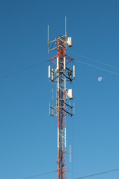 Ontera microwave tower in Moosonee with moon.