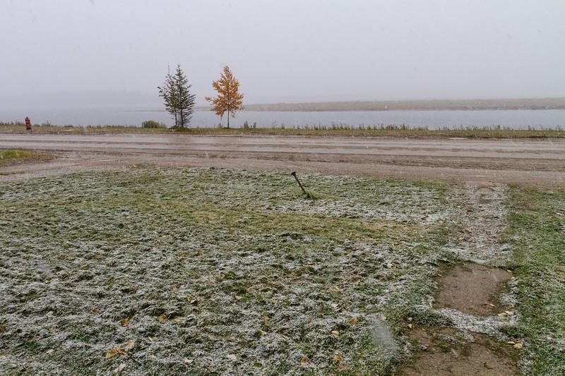 Light snow in Moosonee 2018 October 6.