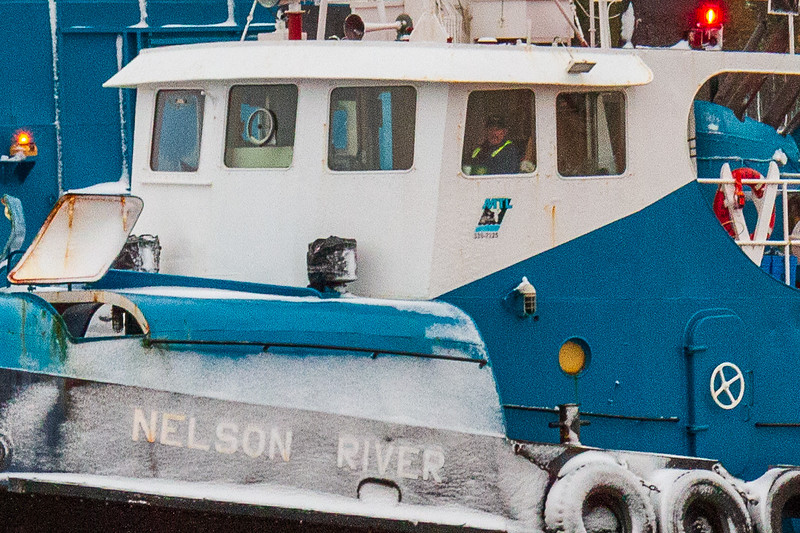 Tug Nelson River and barge in Moosonee. 2018 October 13