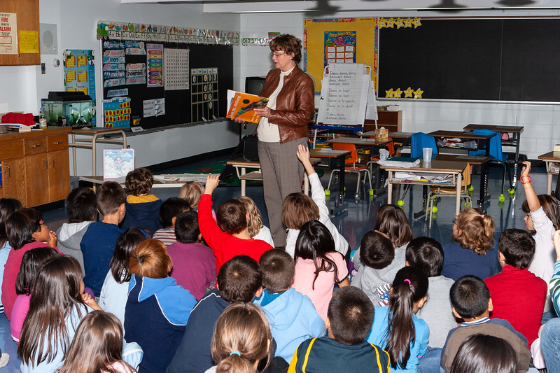 Nancy Hartry is the author of popular children's books. She visited Moosonee and Moose Factory to speak to students, parents and teachers about reading and writing.  2005 September 19