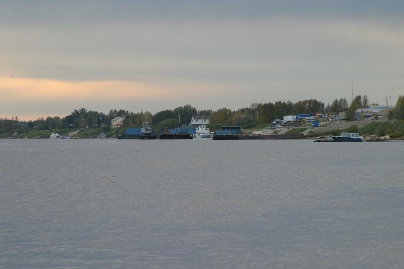 Moose River shoreline in Moosonee from past Two Bay docks to barge docks 2004 September 26