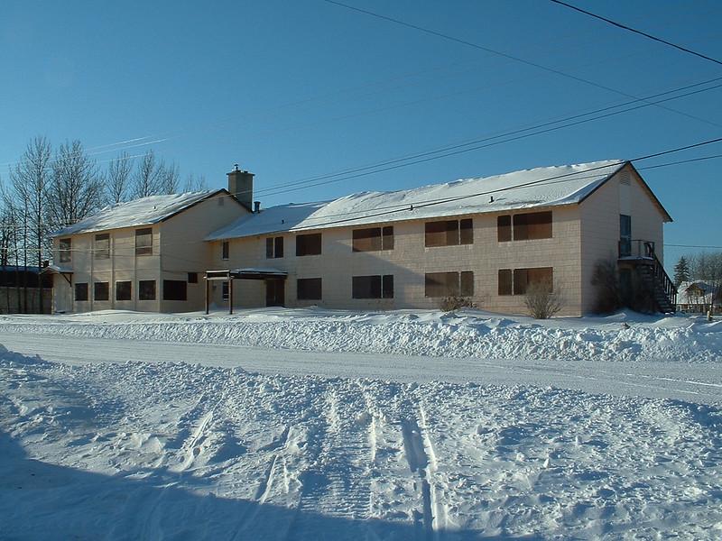 Moosonee Lodge 2004 January 4