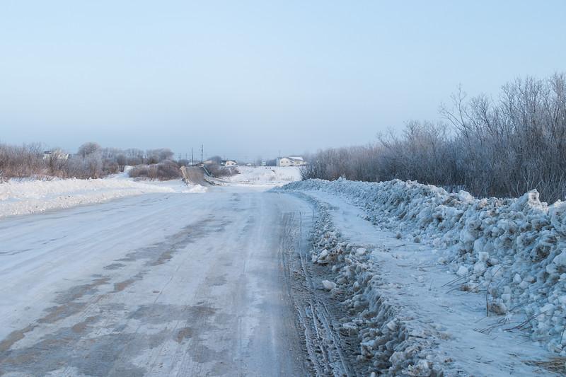 Winter road across the Moose River taken from Bushy Island Looking towards McCauley's Hill in Moosonee 2005 March 14.