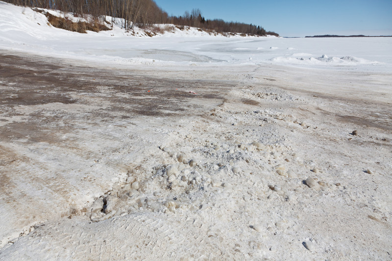 """Tide mark on the """"north"""" winter road"""