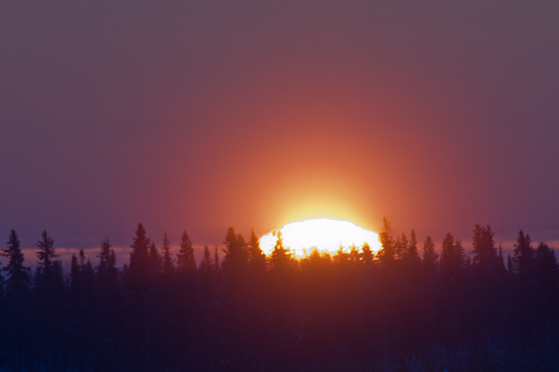2011 January 28th: sunrise is fast and bright.