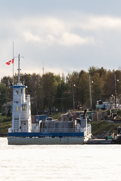 Barge Niska I in Moosonee.