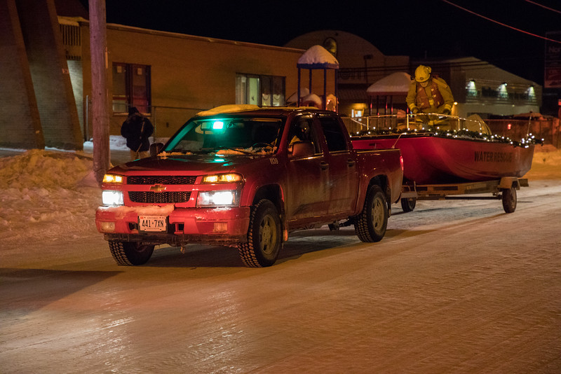 Moosonee Santa Claus Parade 2016 December 15th.