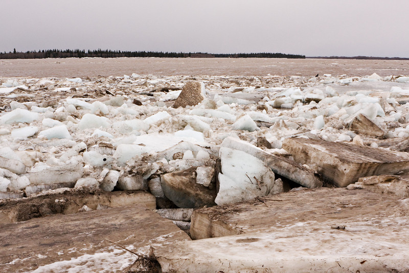 Looking towards Gutway, lots of ice along shore but mostly open water