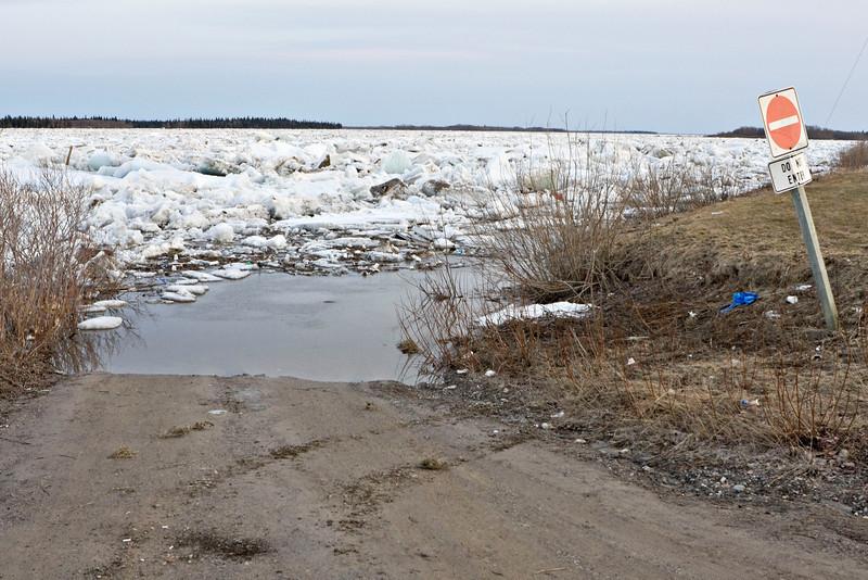 Road leading to site of public docks in Moosonee