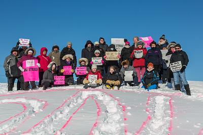 Support for striking CCAC nurses in Moosonee.