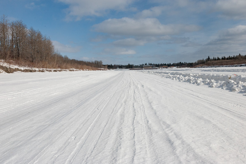 Winter road towads Moose Factory looking towards Cree Village Ecolodge. 2007 March 11th.