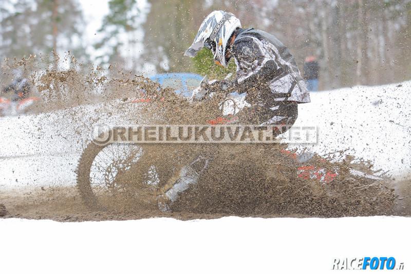 VIR_110195_racefoto