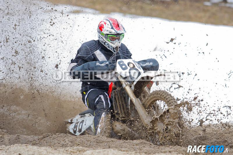 VIR_110249_racefoto
