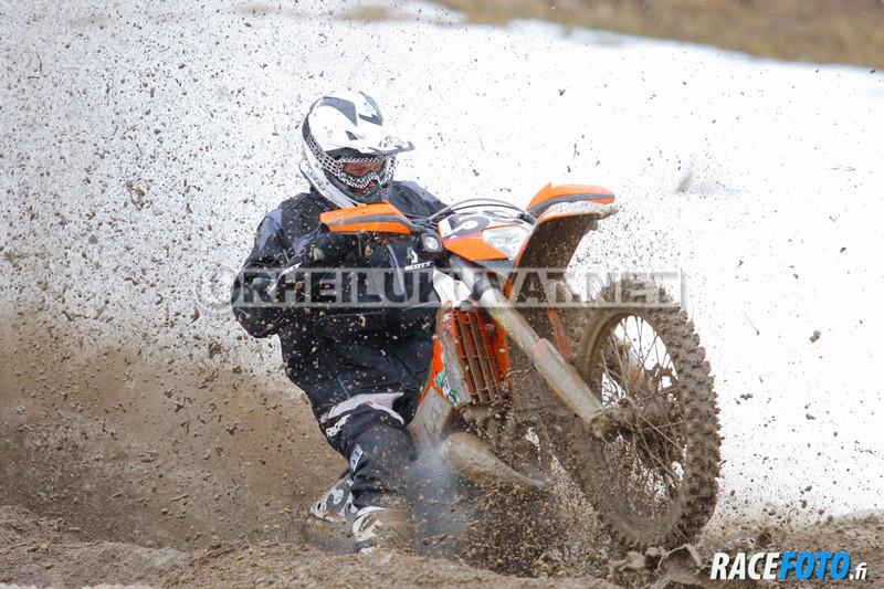 VIR_110240_racefoto