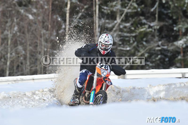 20120226-KAR_1302