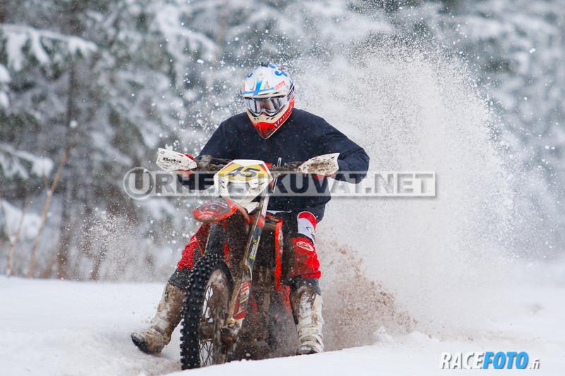 VIR_111520_racefoto