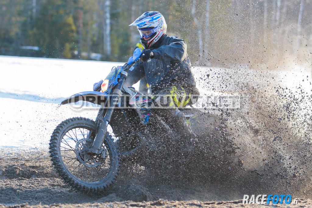 VIR_112827_racefoto
