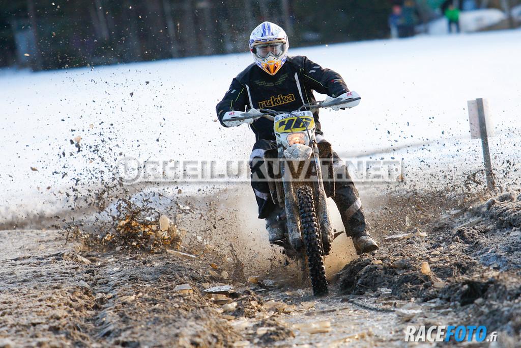 VIR_112703_racefoto