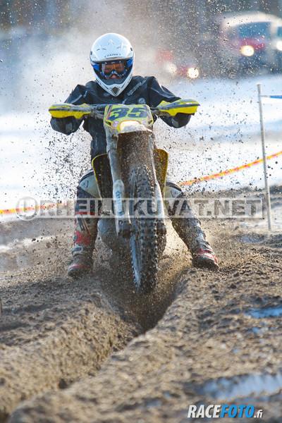 VIR_112744_racefoto
