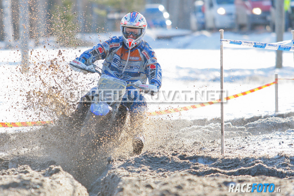 VIR_112852_racefoto