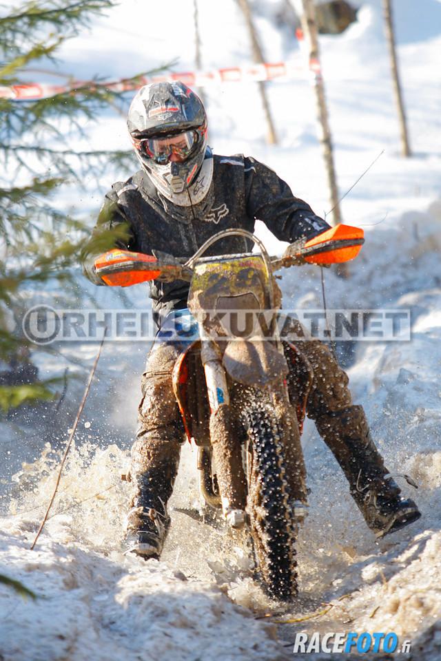 VIR_112994_racefoto