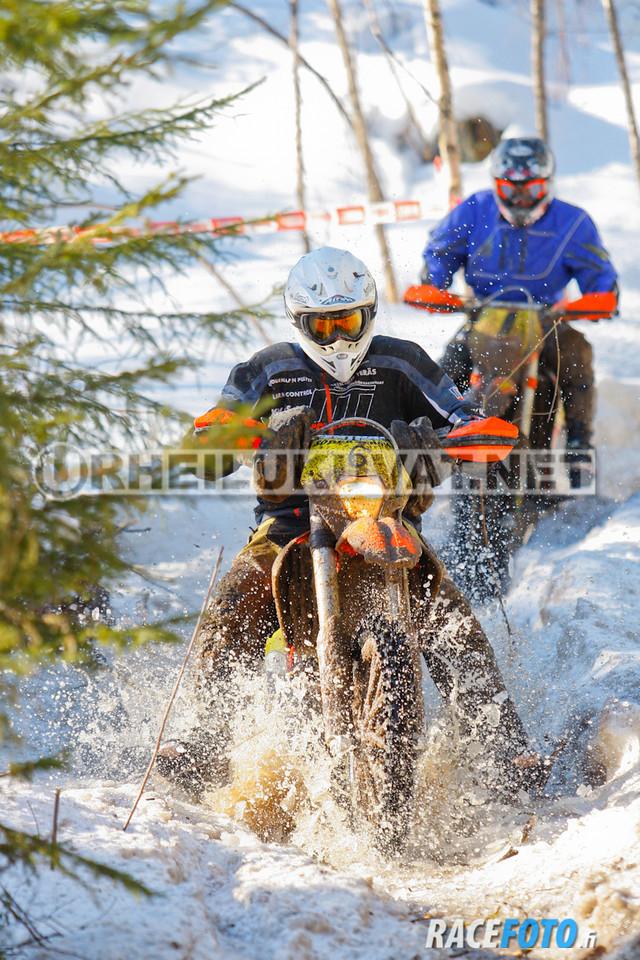 VIR_112983_racefoto