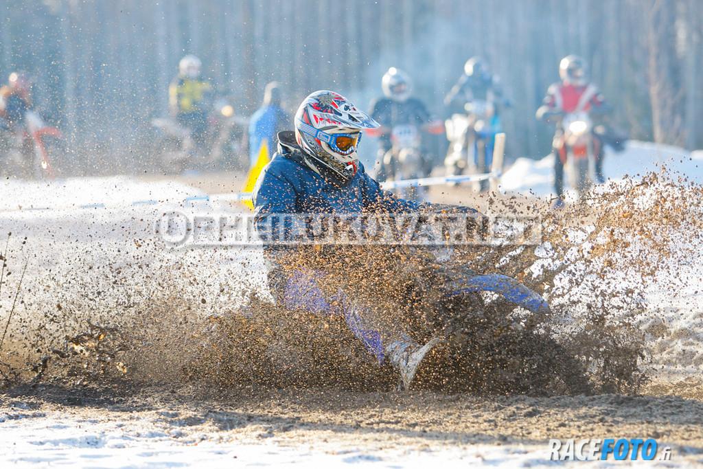 VIR_112939_racefoto