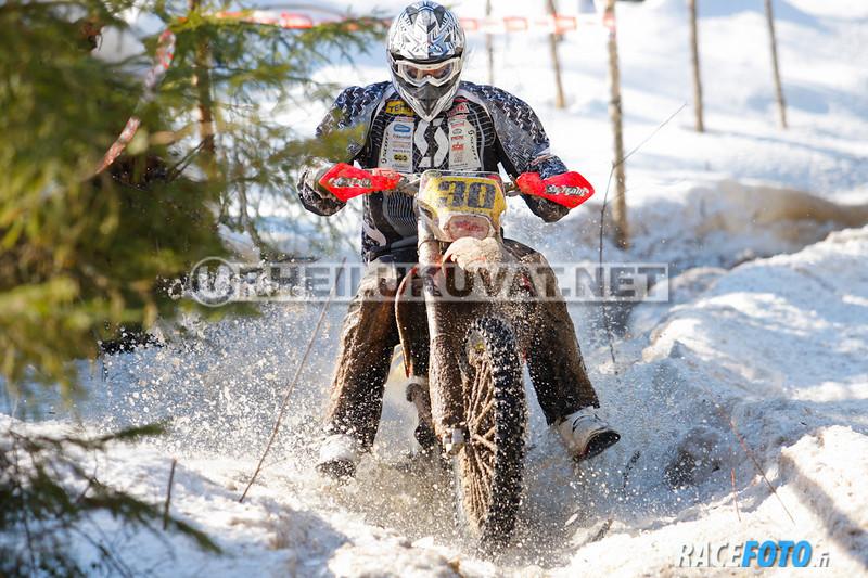 VIR_113051_racefoto