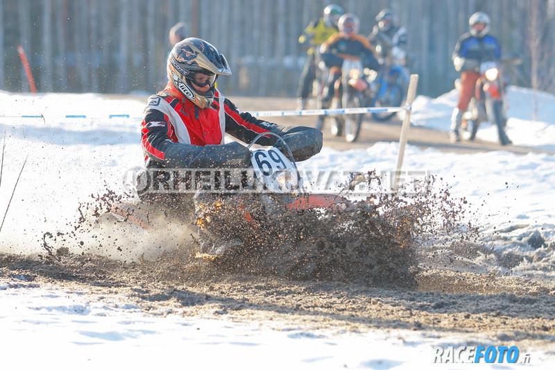 VIR_112954_racefoto