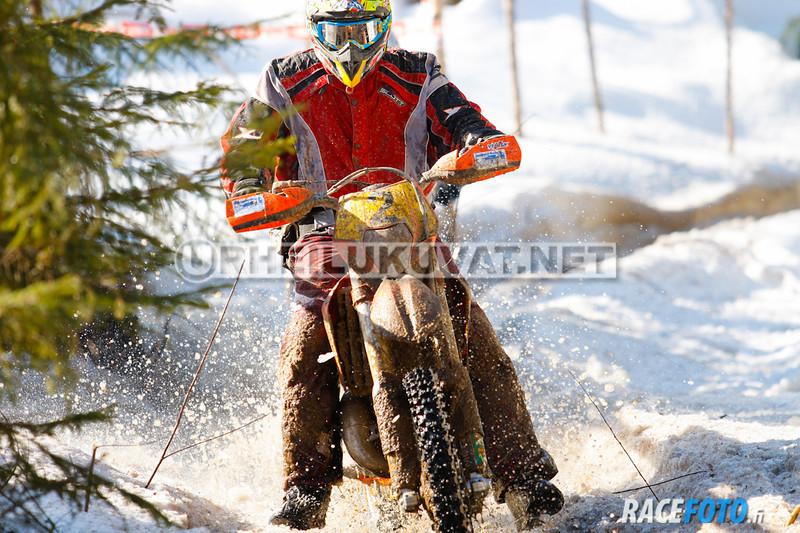 VIR_113083_racefoto