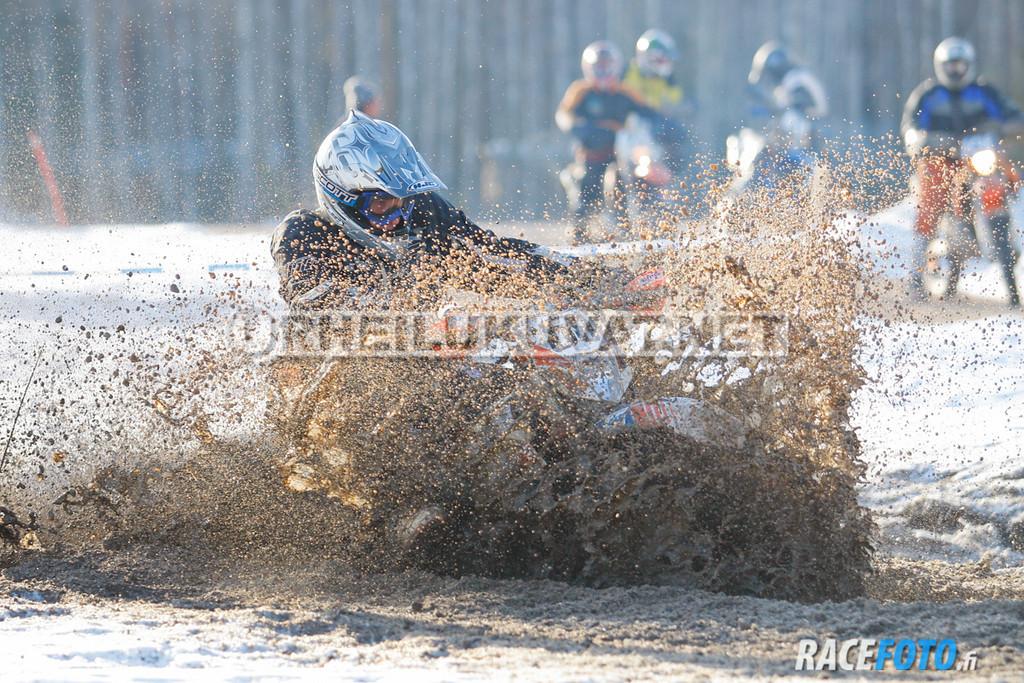 VIR_112947_racefoto