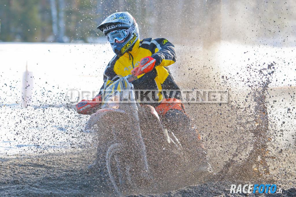VIR_112833_racefoto