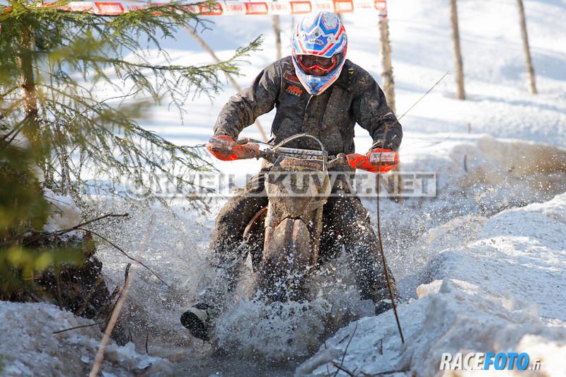 VIR_113039_racefoto