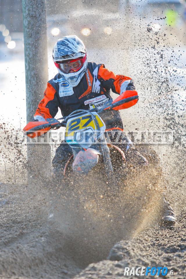 VIR_112783_racefoto