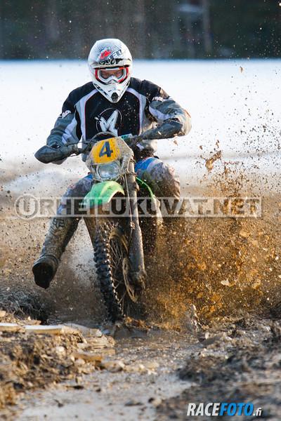 VIR_112713_racefoto