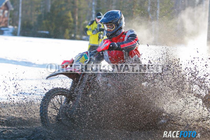 VIR_112865_racefoto