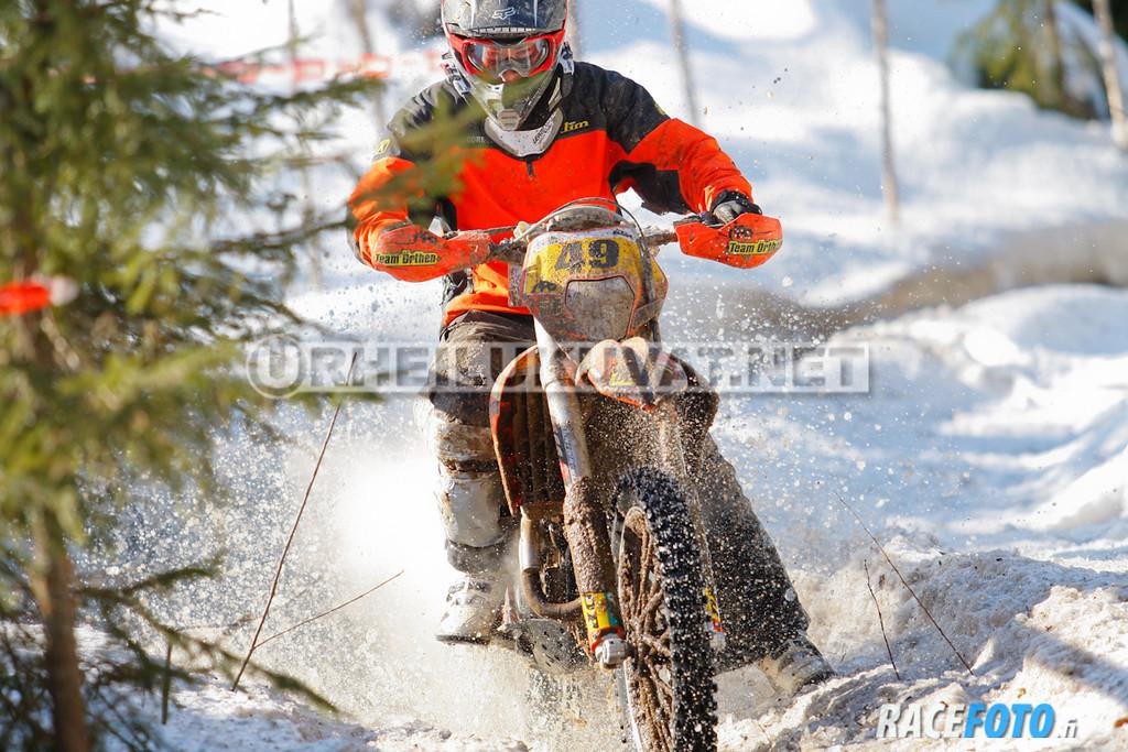 VIR_113008_racefoto