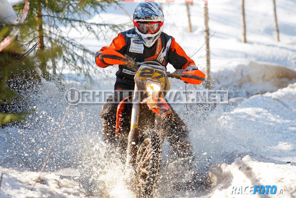 VIR_113019_racefoto