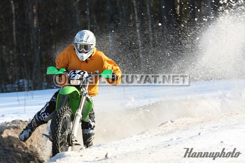 HR129755