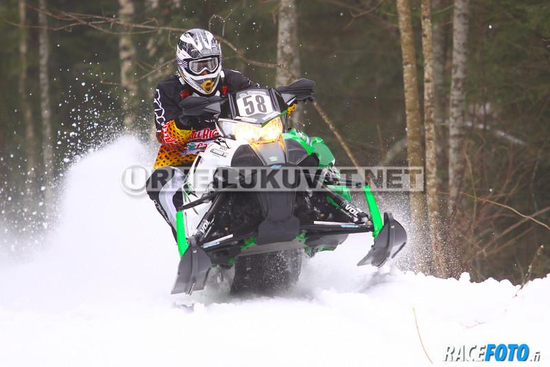 120310VIR_8350_racefoto