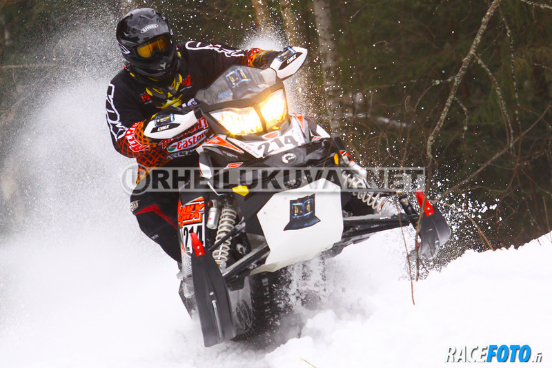 120310VIR_8317_racefoto