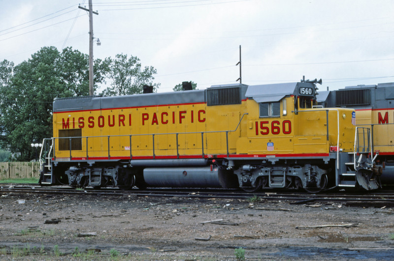 Mopac 245 - May 23 1987 - train at mp 1560 Ft Smith ARK