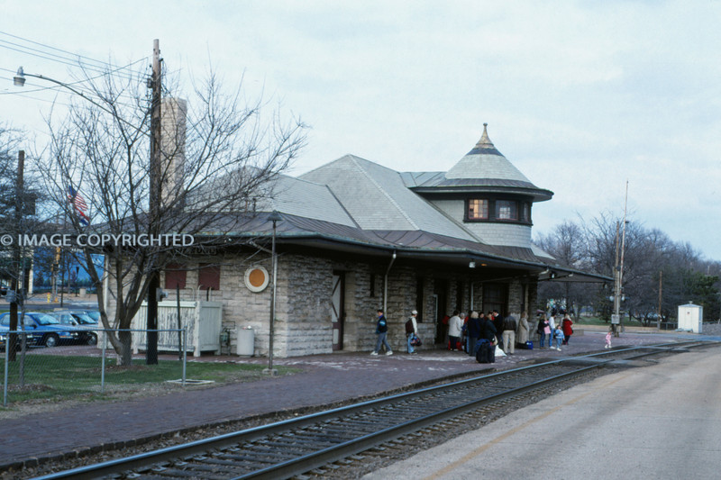 Mopac 291 - Apr 6 1996 - Depot at Kirkwood MO