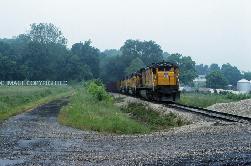 Mopac 271 - Jun 3 1992 - coal train @ Labadie MO